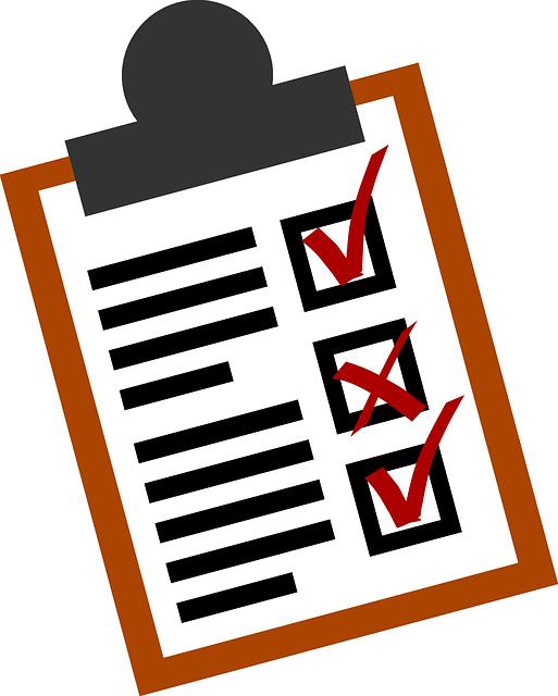 getekend klembord met checklist erop getekend